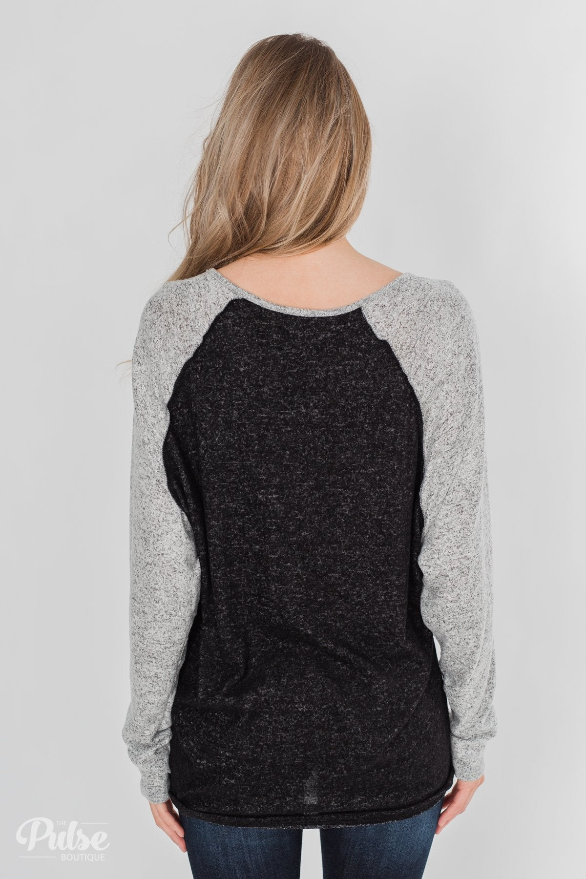 Along the Way Raglan Top - Black & Heather Grey