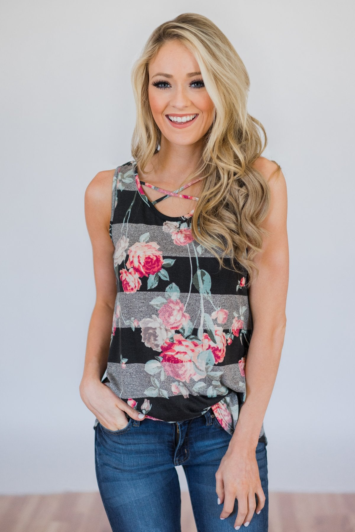 f8fb8a84d03f6 Stay A Little Longer Floral Tank Top- Black – The Pulse Boutique