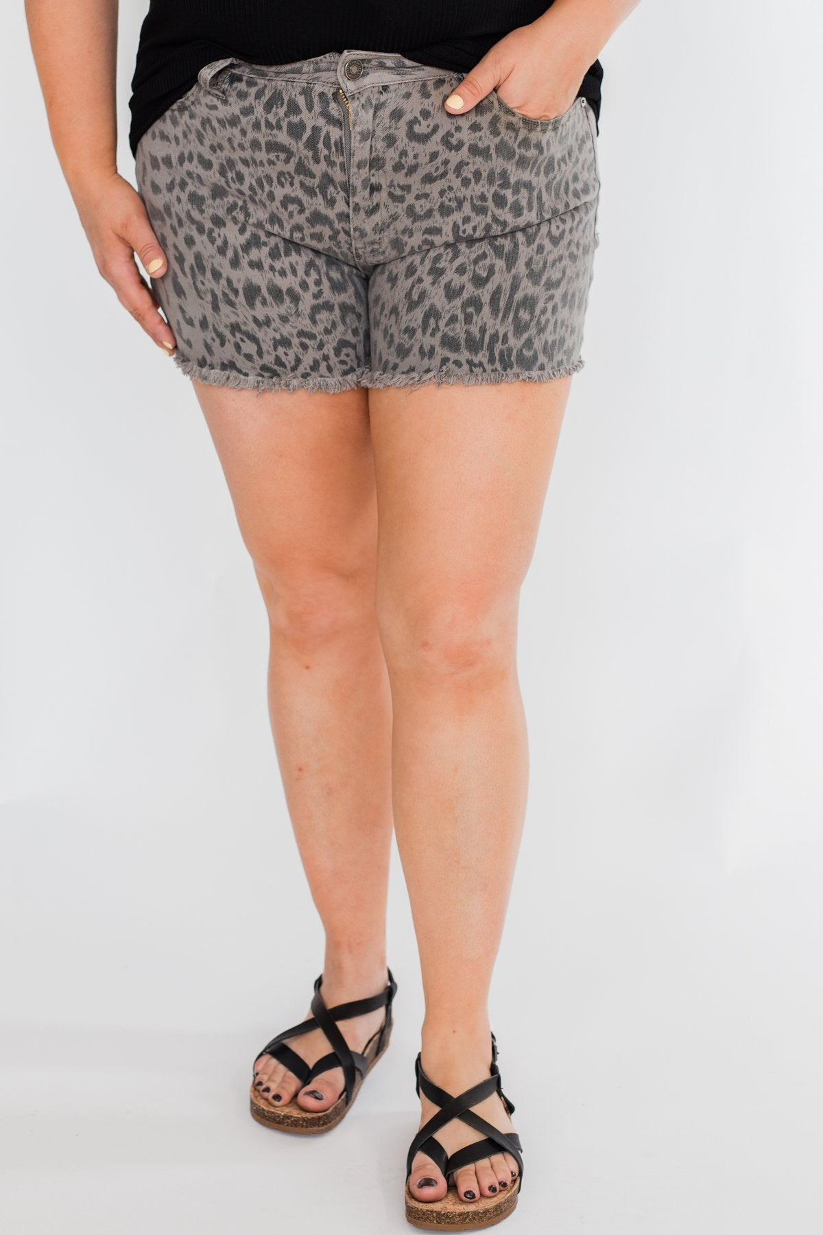 KanCan Frayed Hem Shorts- Grey Leopard Wash