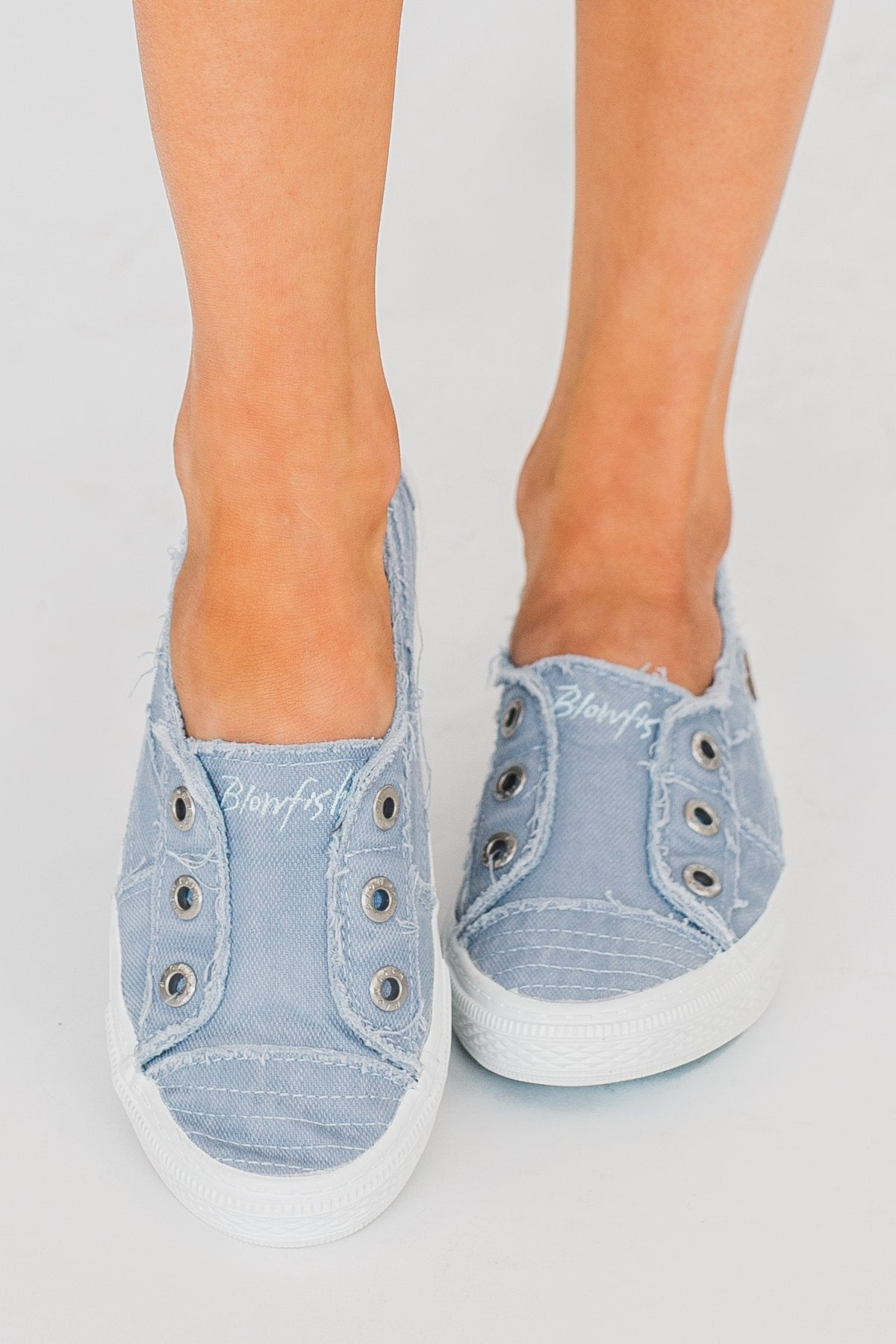 Blowfish Aussie Sneakers- Baby Blue Smoked