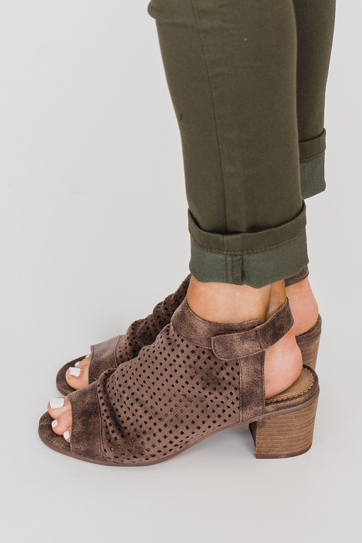 Very G Royce Block Heels- Taupe