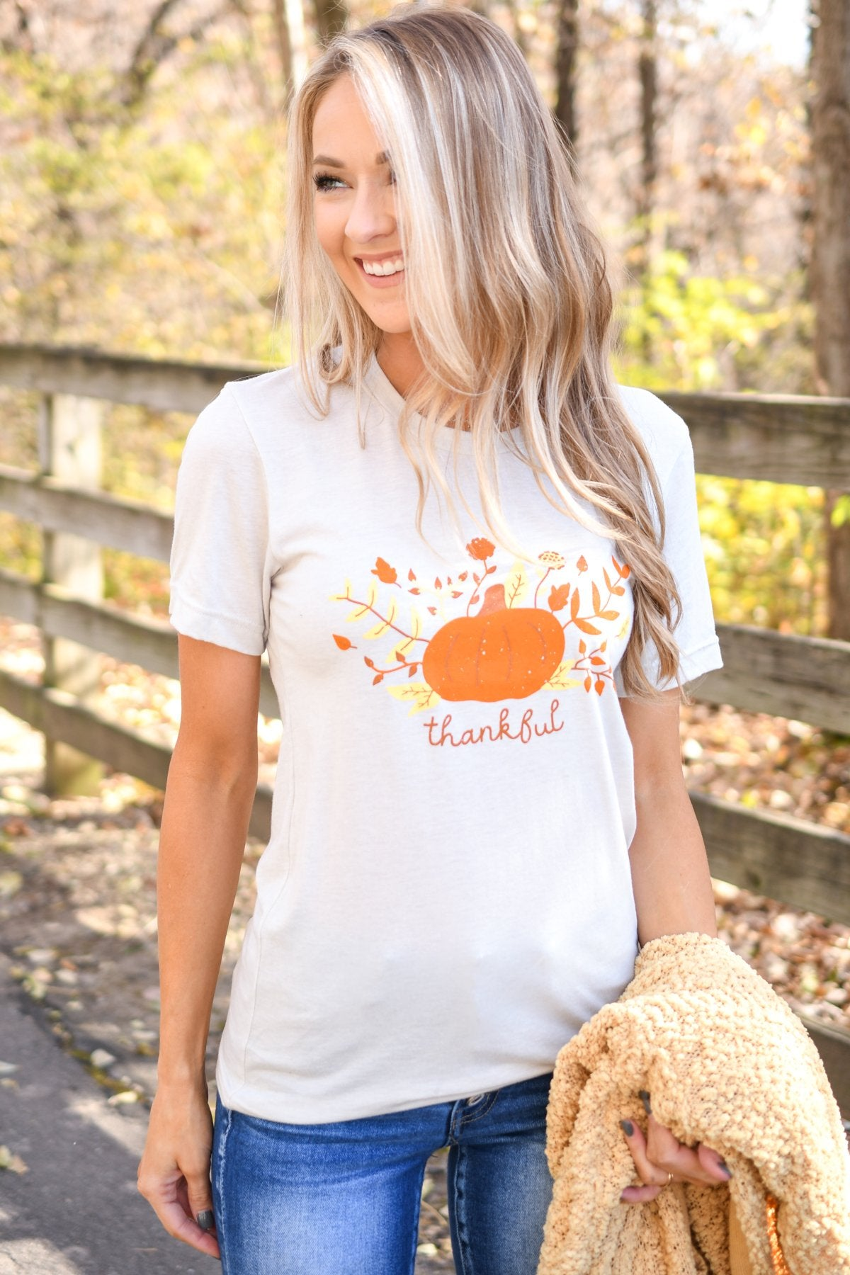 "Festive ""Thankful"" Pumpkin Graphic Tee- Light Taupe"