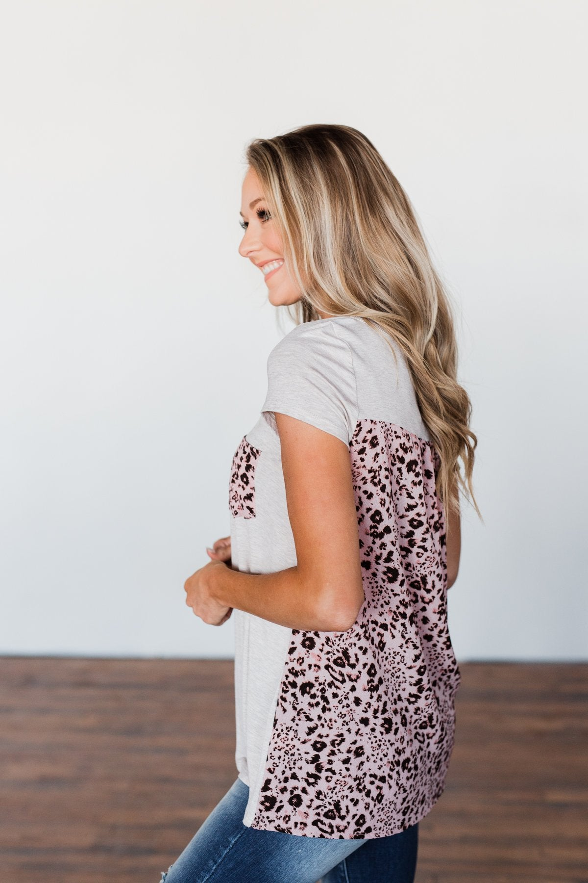Right On Time Leopard Pocket Top- Oatmeal