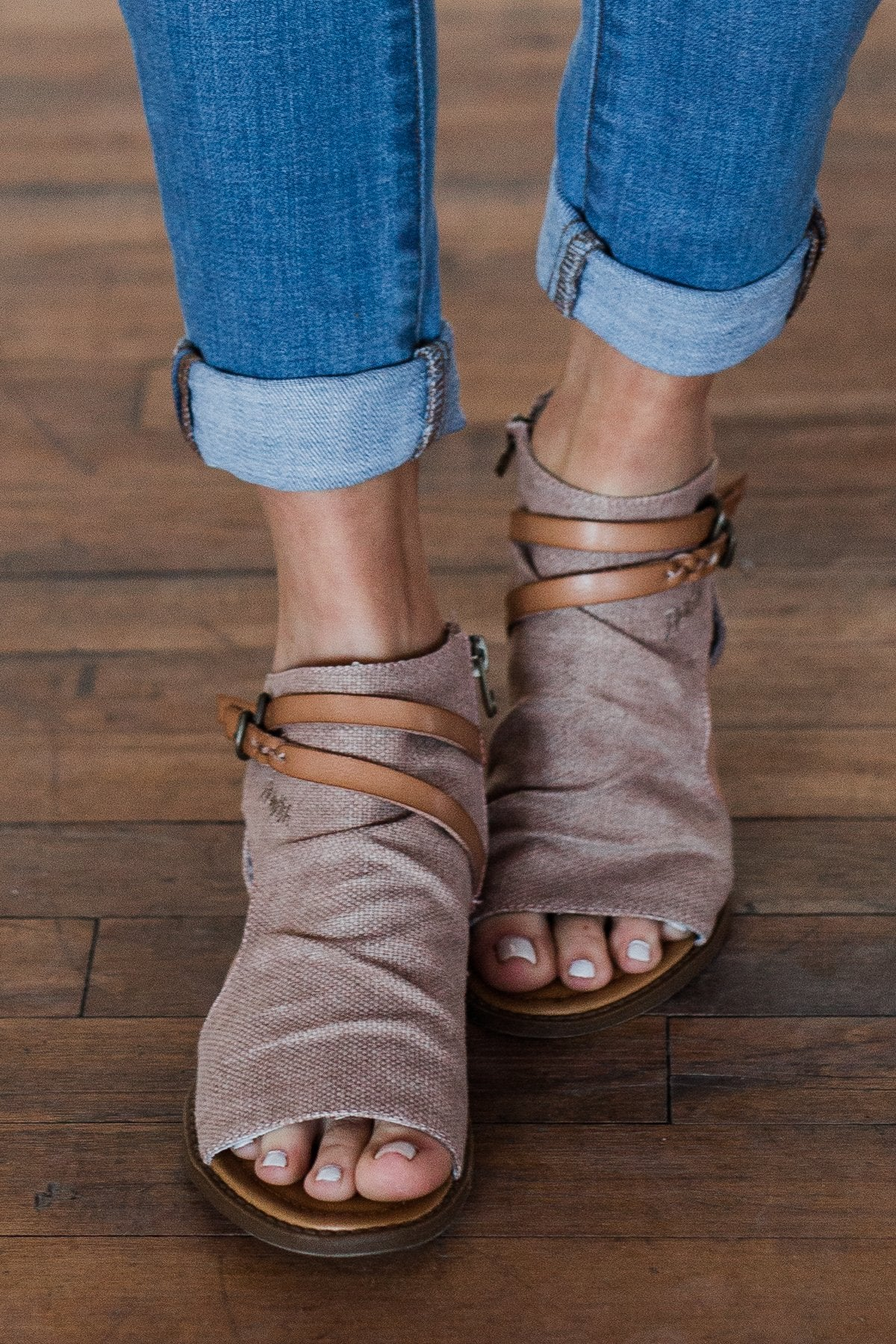 Blowfish Blumoon Sandals- Desert Rose
