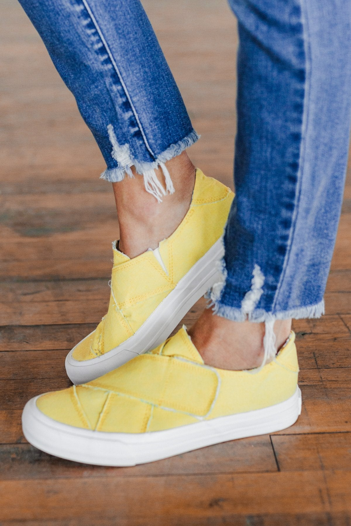 Gypsy Jazz India Sneakers- Yellow