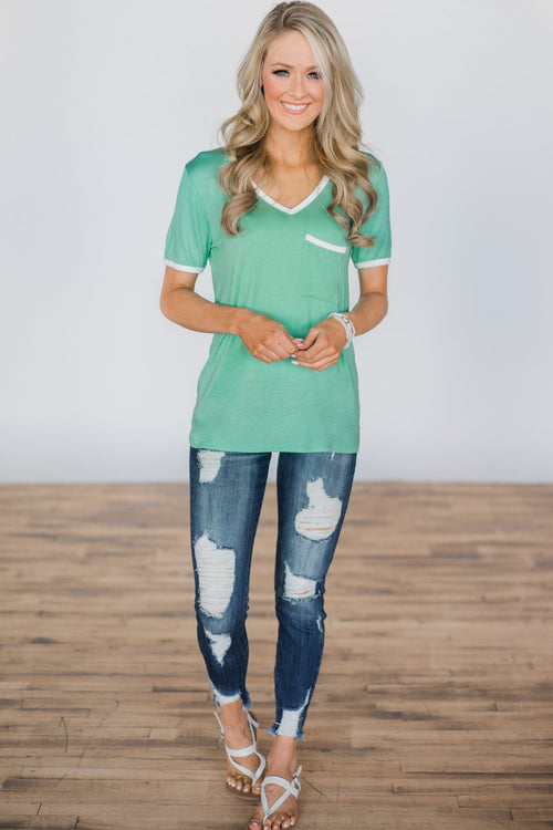 Ivory Trim Pocket Top - Tropic Mint Outfit