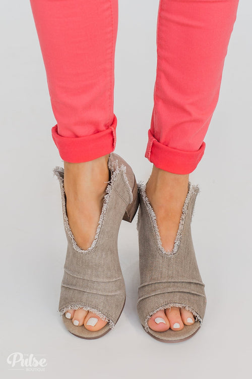 Very G Sunny Booties- Taupe