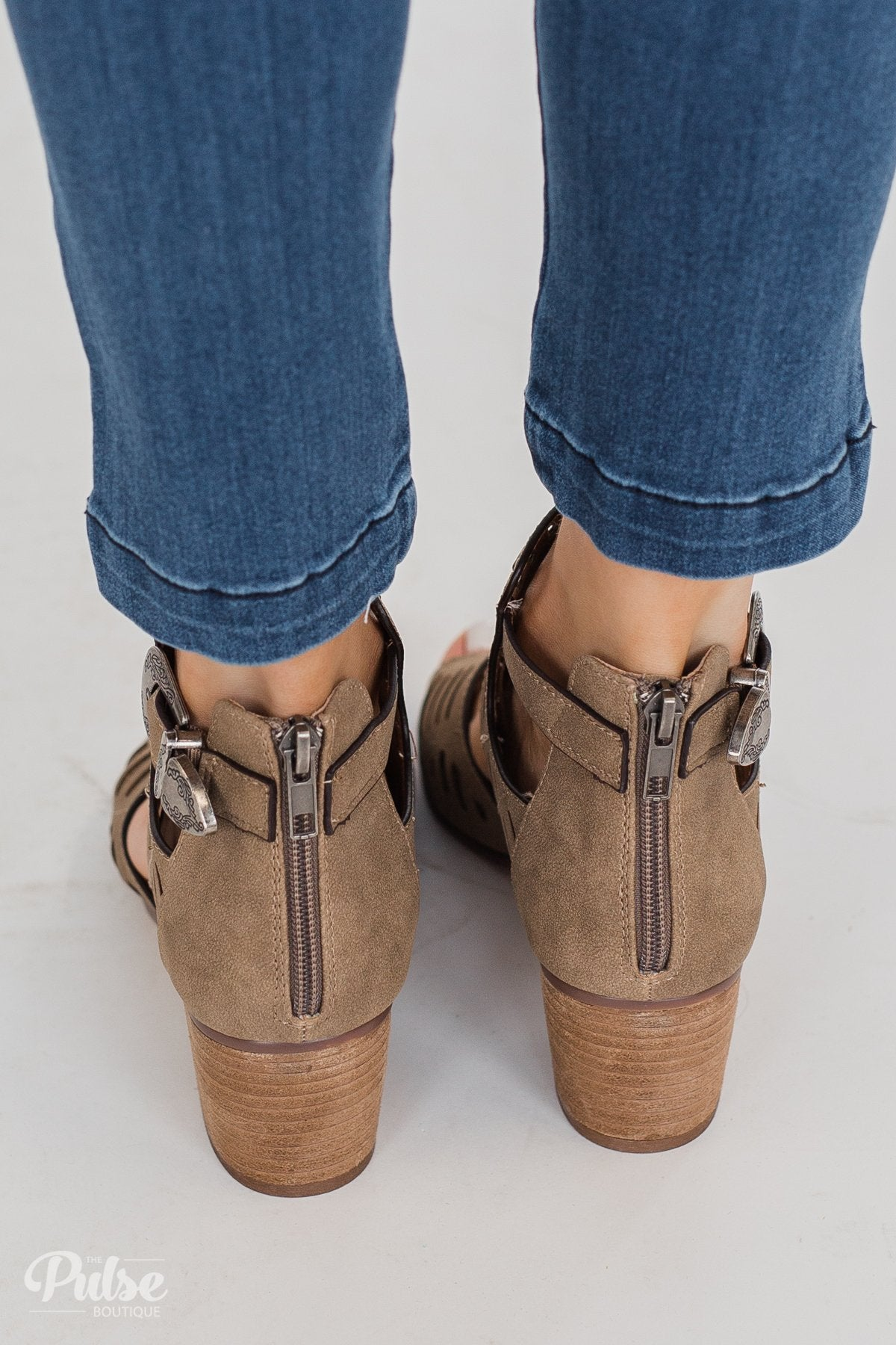 Very G Abby Block Heels- Taupe