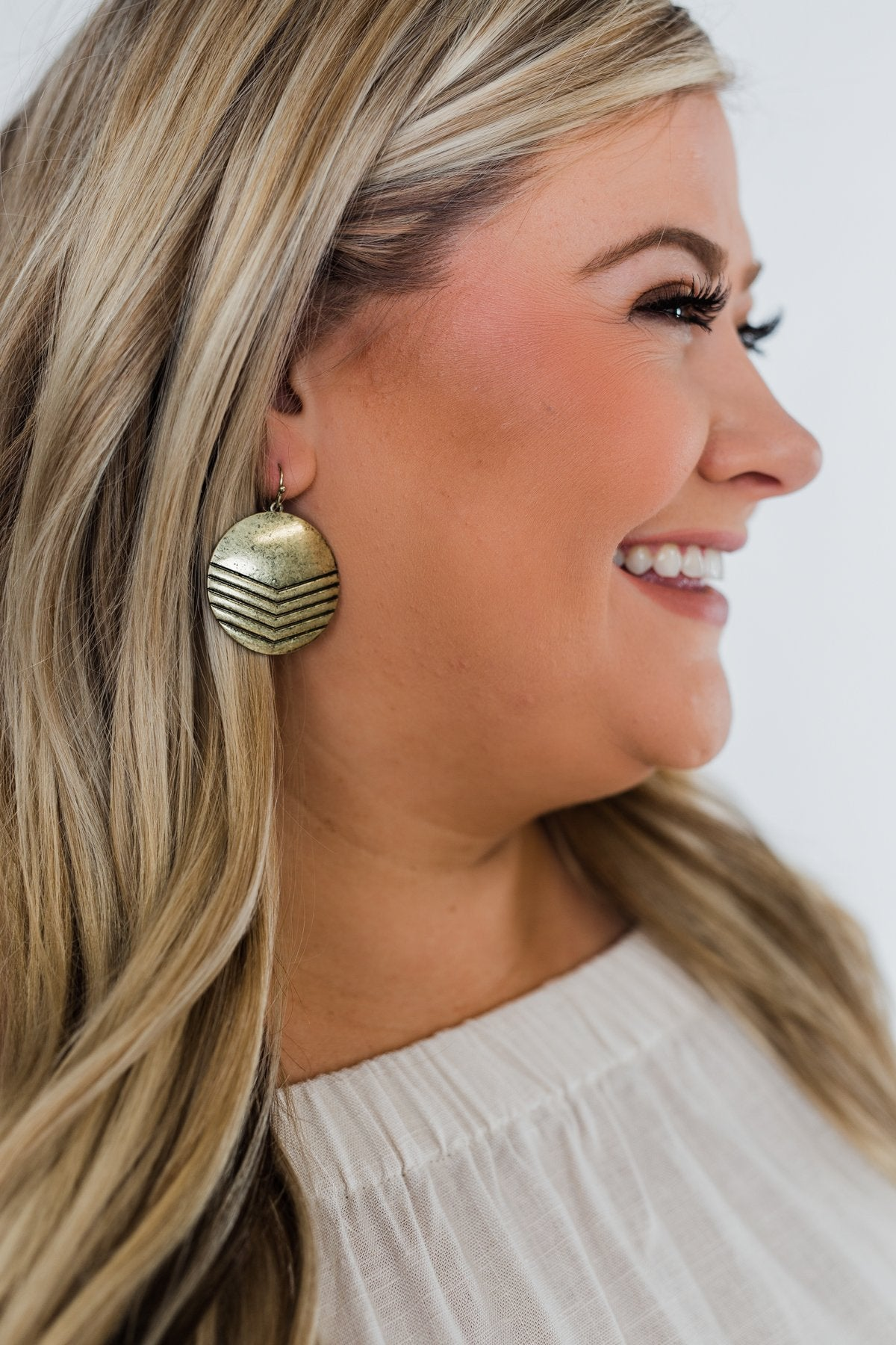 Circle Me Gold Earrings