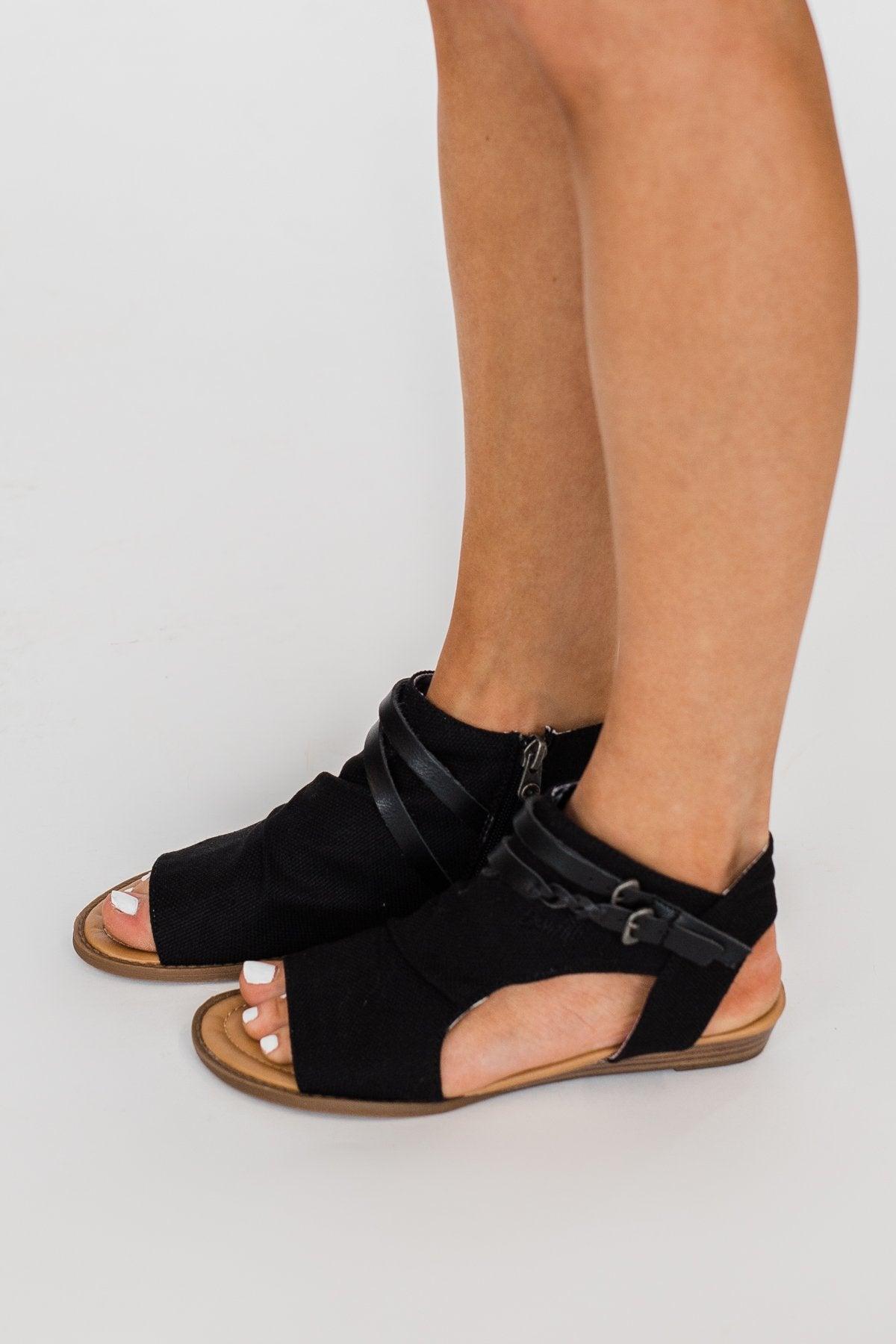 Blowfish Blumoon Sandals- Black
