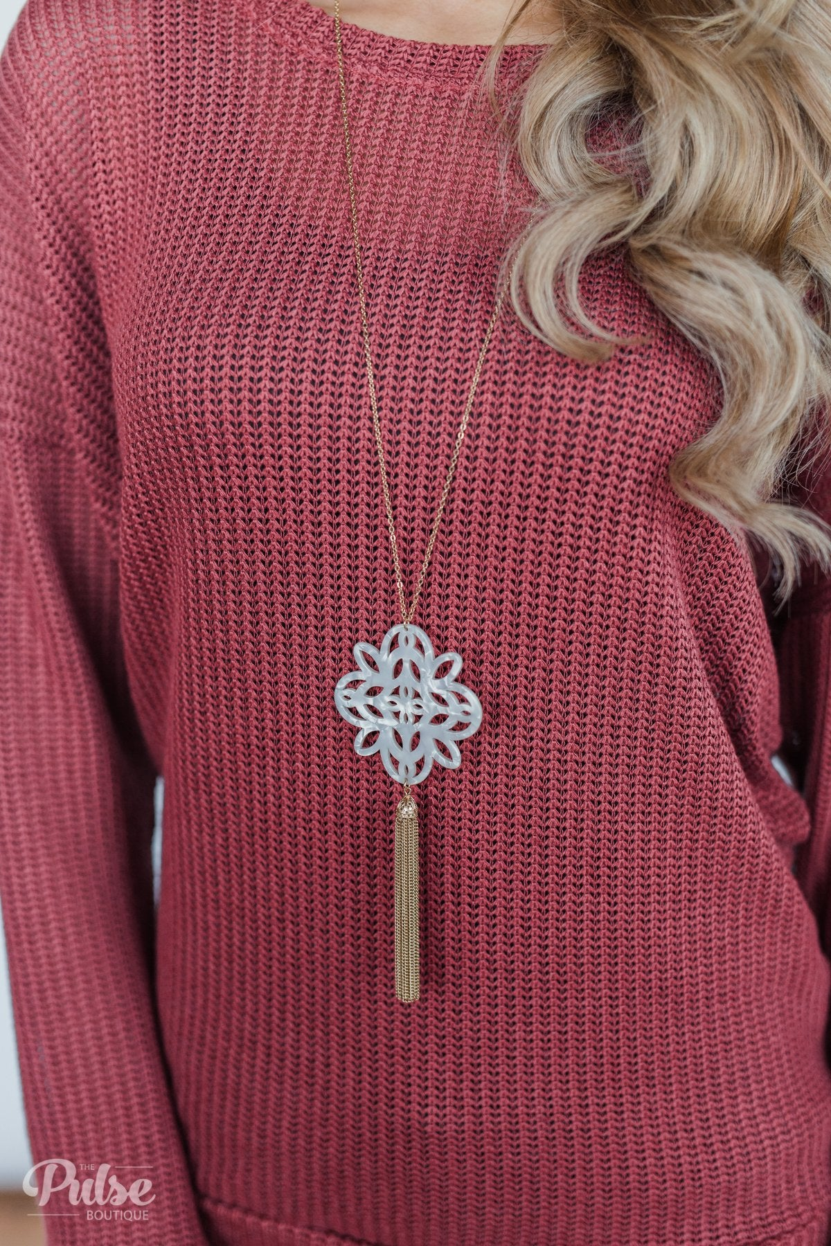 Snowflake & Tassel Necklace- Gold
