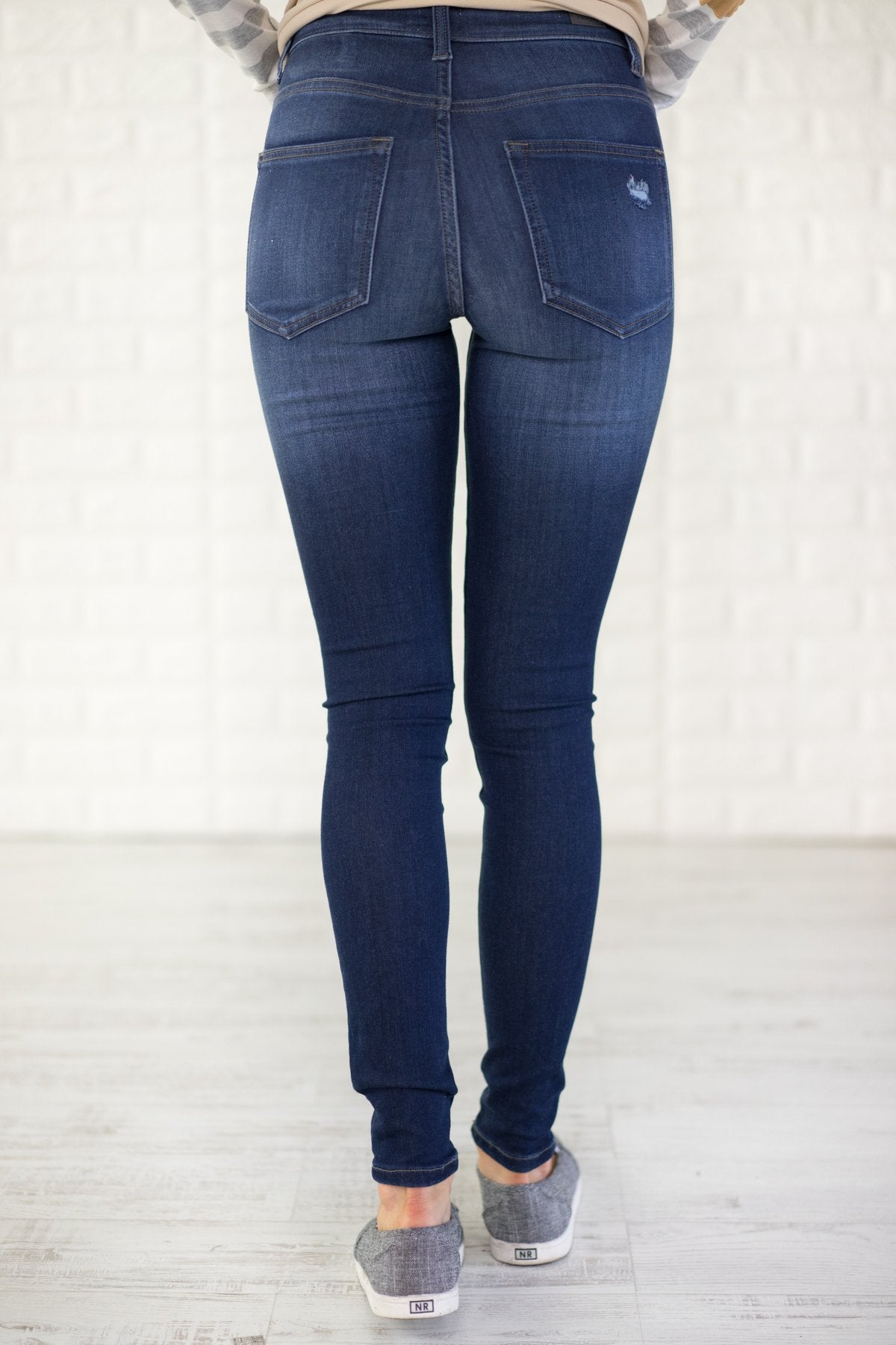 Sneak Peek Jeans ~ Kylie Wash