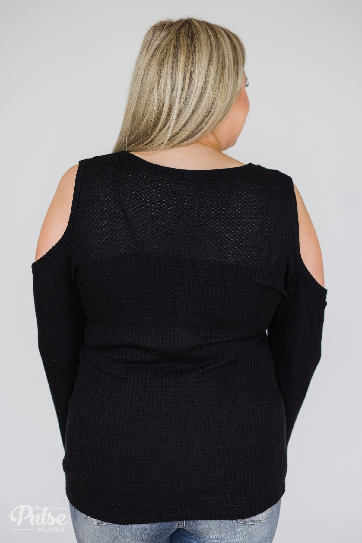 Take A Hint Cold Shoulder Thermal Top- Black