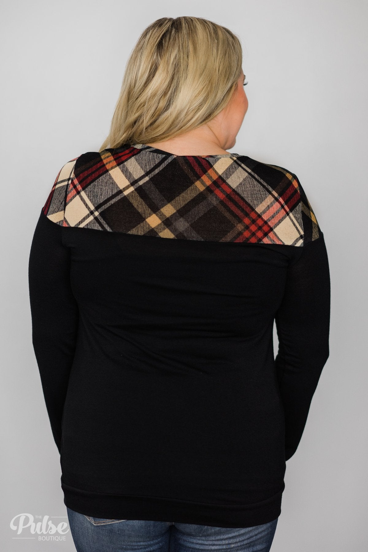 Black & Plaid Long Sleeve Top