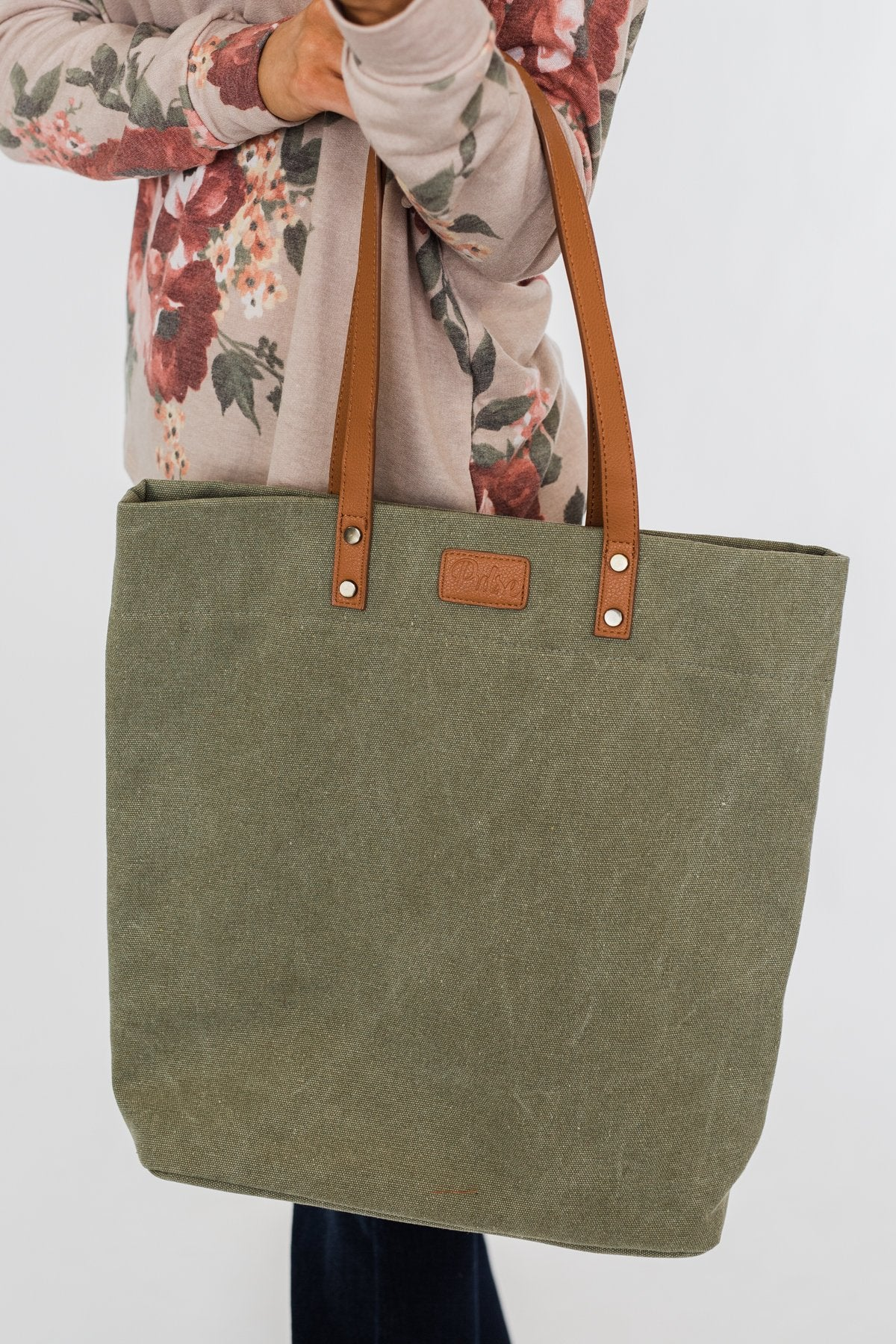 Life's Adventures Canvas Tote- Olive