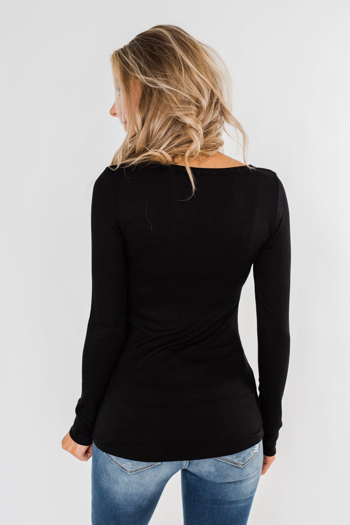 Essential 5-Button Henley Top- Black