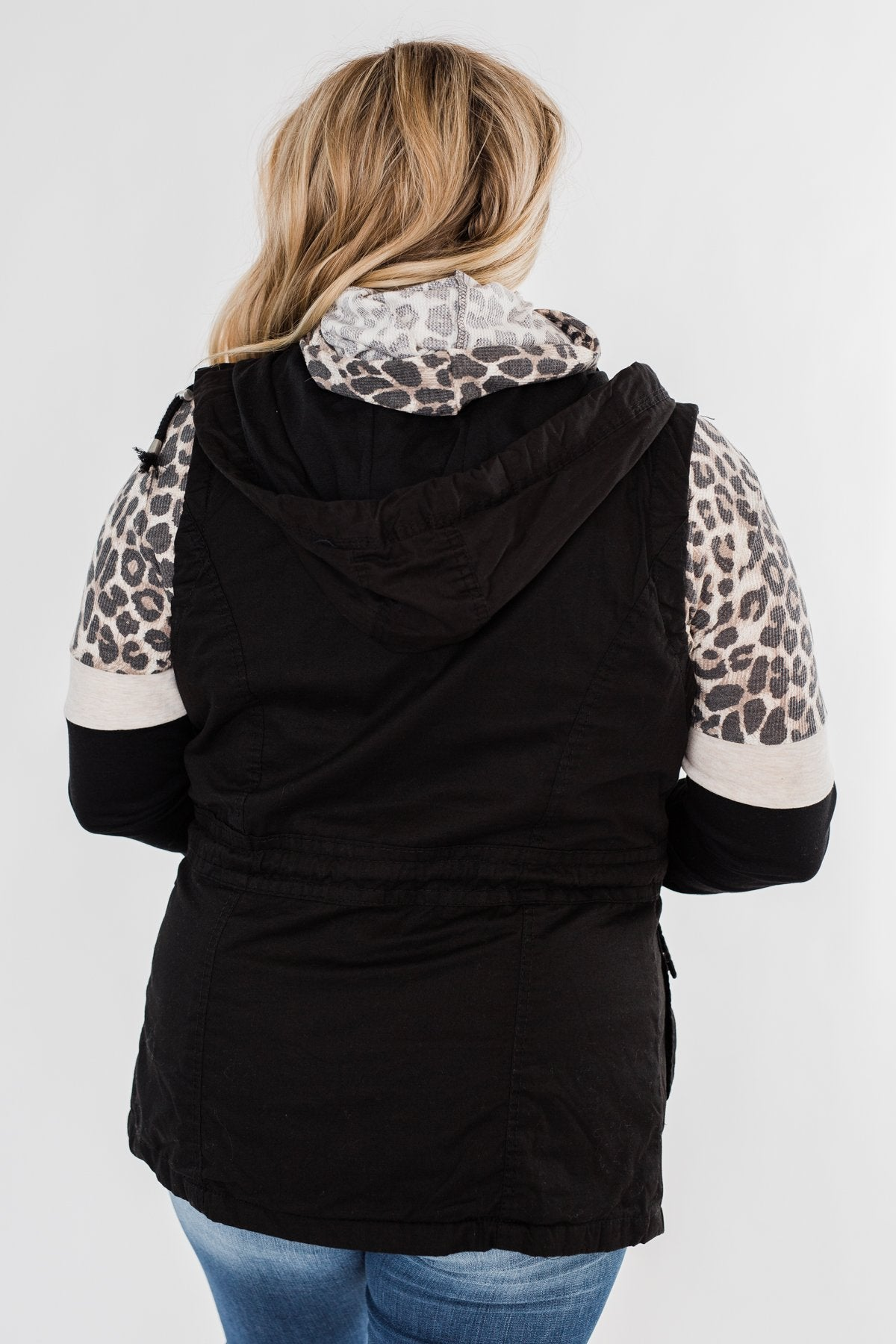 Season Essential Vest- Black