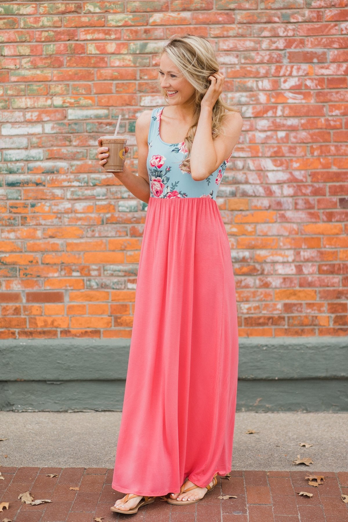 Weekend Breeze Floral Maxi Dress