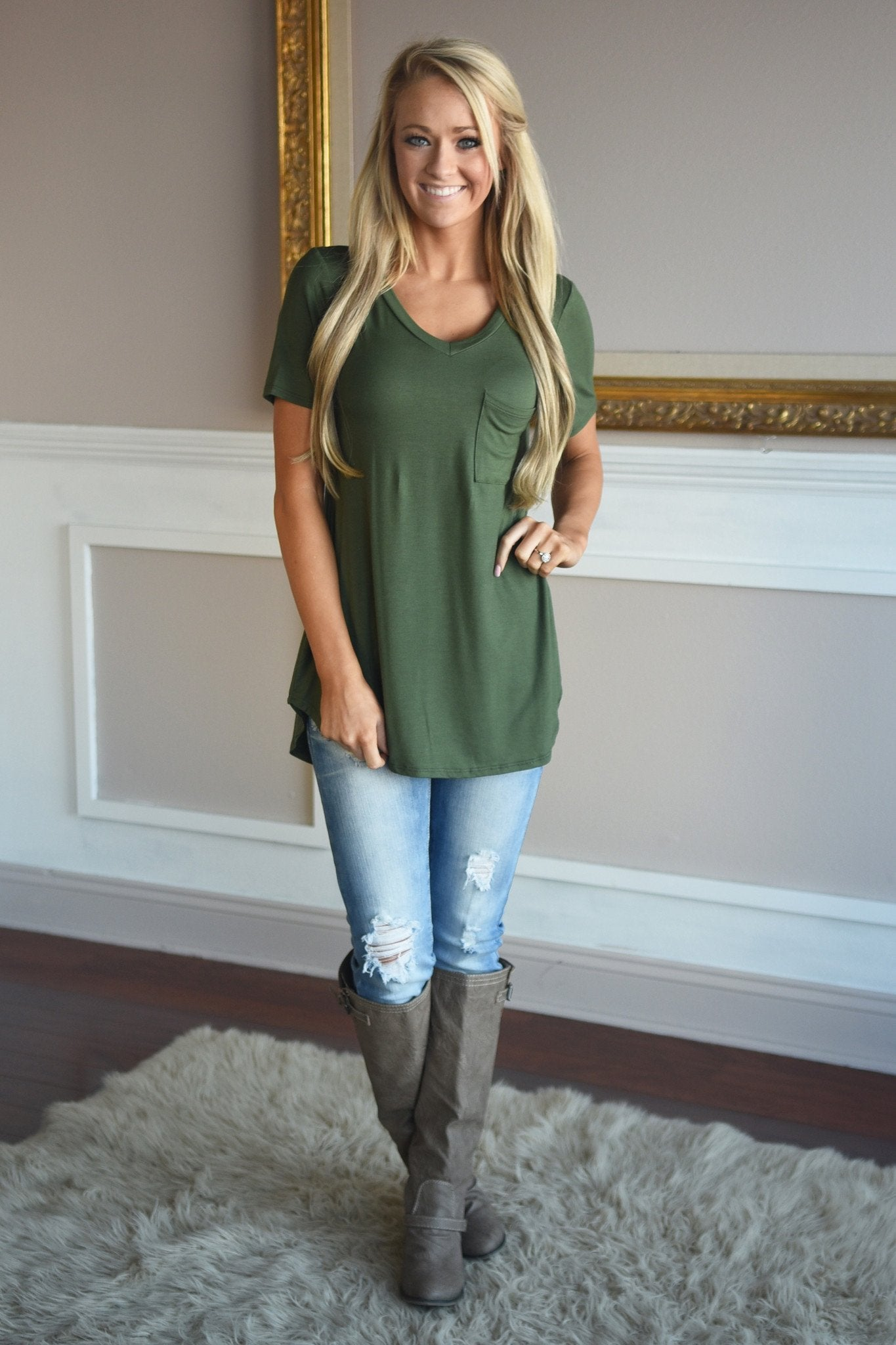 Essential Olive Top ~ Short Sleeve