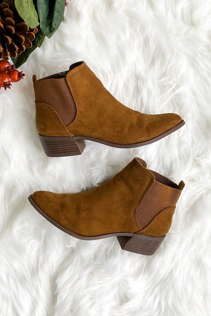 Qupid Rager Booties- Coffee Suede