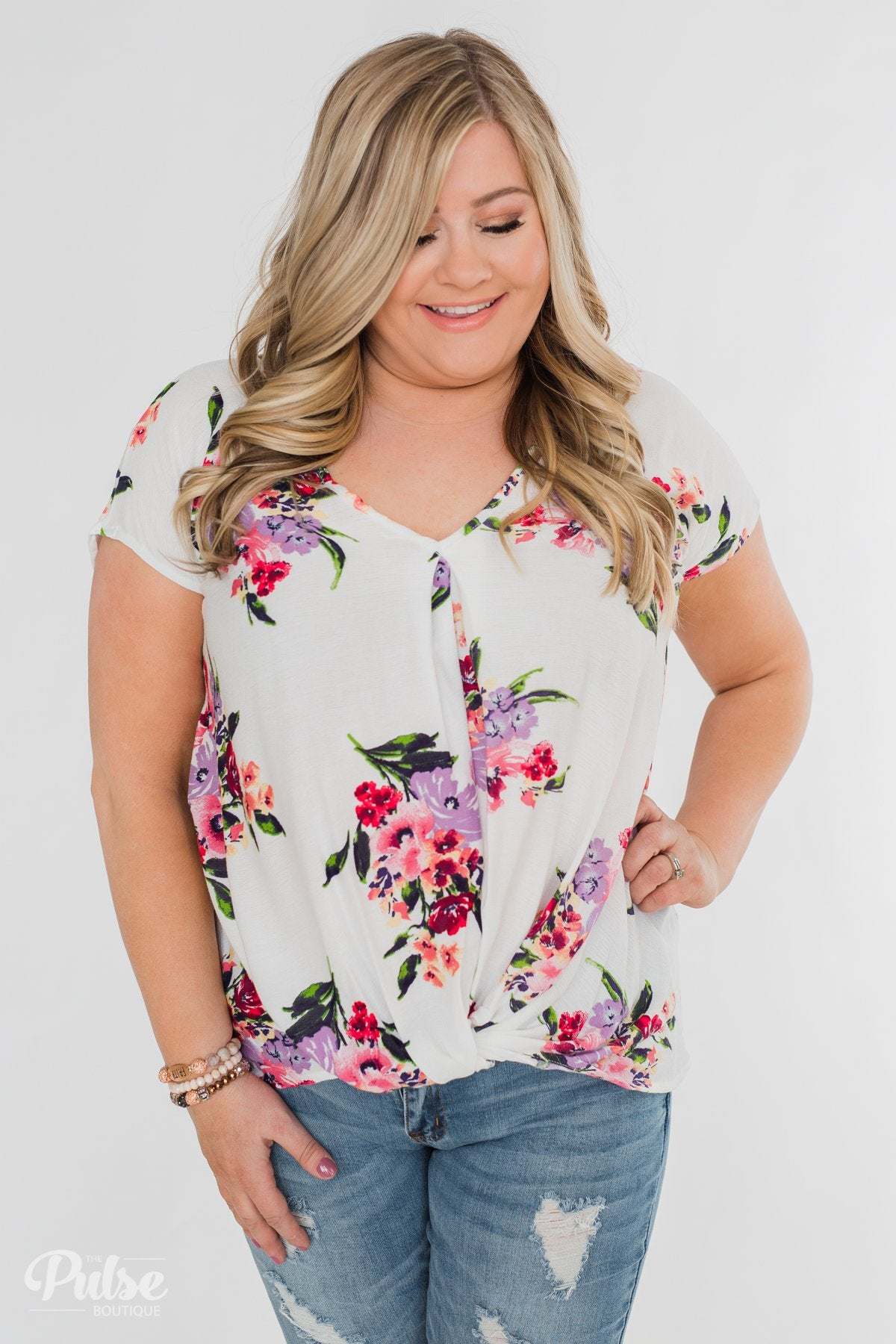 Best Day Ever Floral Twist Short Sleeve Top- Ivory
