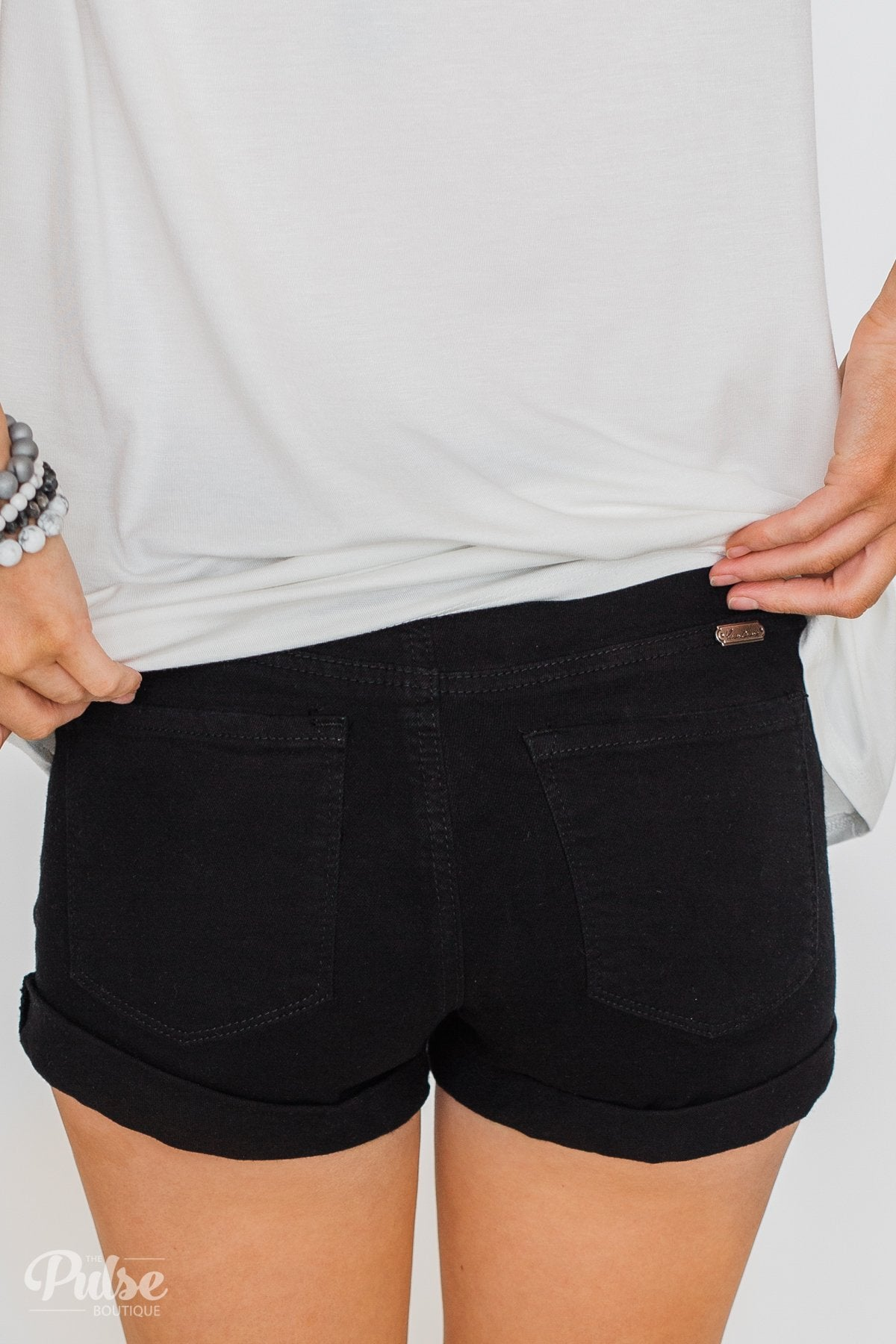 KanCan Stormy Shorts- Black
