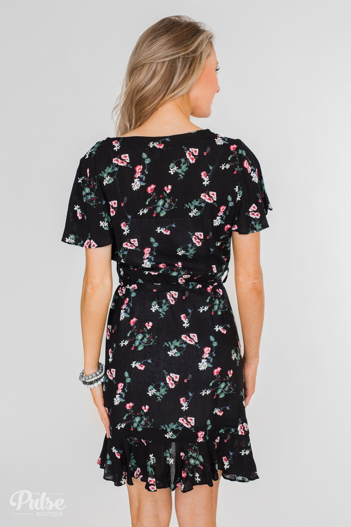 Short Sleeve V-Neck Wrap Detail Dress- Black