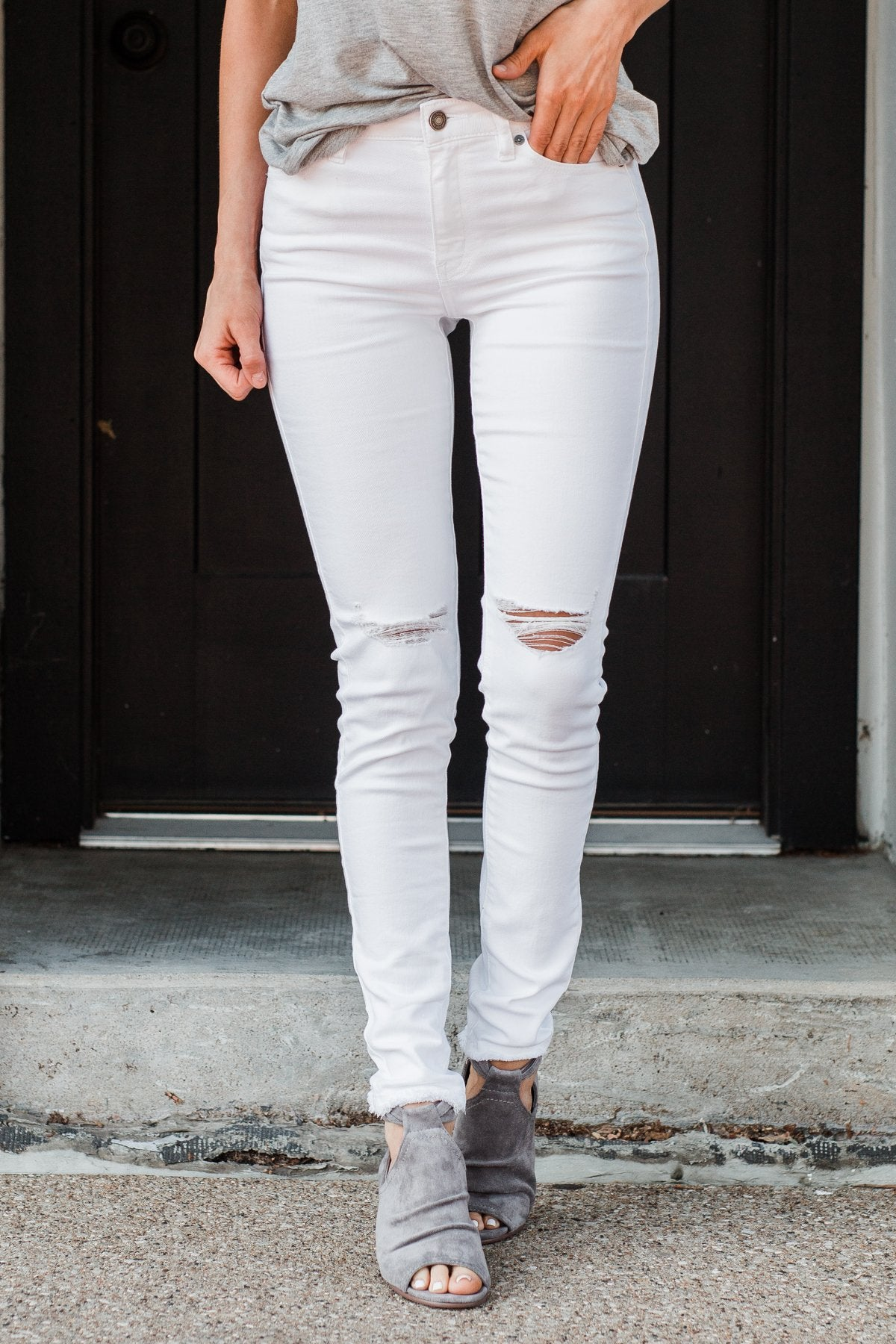 KanCan Distressed Skinny Jeans- Ellie Wash
