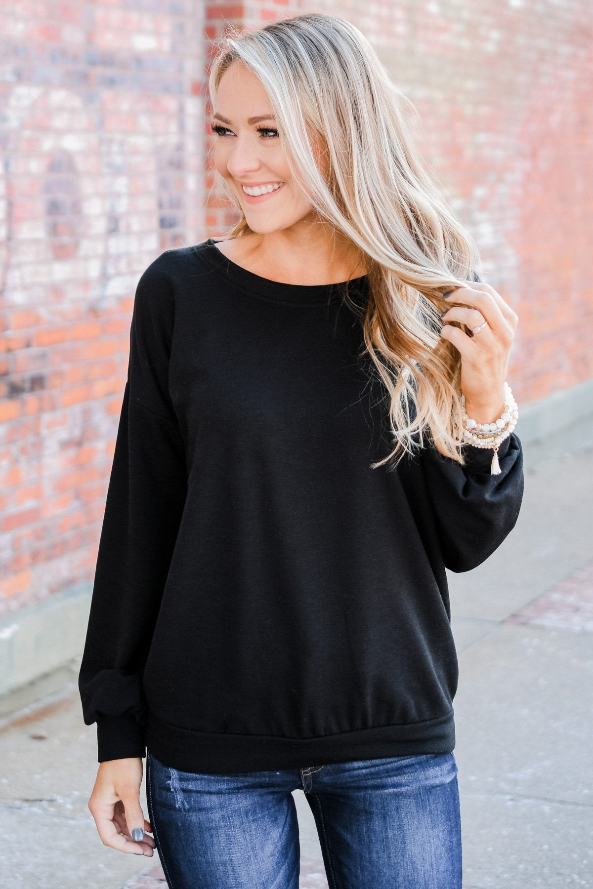 You Make It Easy Pullover Top- Black