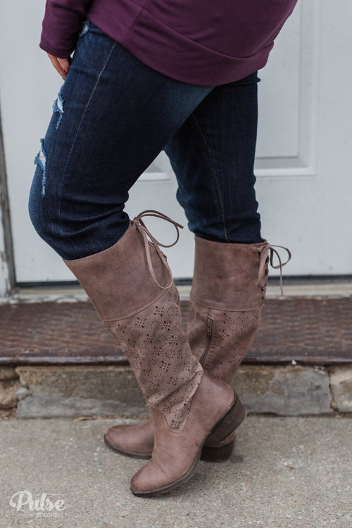 Not Rated Hermosa Boots- Taupe