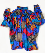 Load image into Gallery viewer, Ruched Vintage Blouse