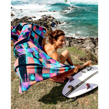 Load image into Gallery viewer, Nora Vasconcellos Beach ECO Towel