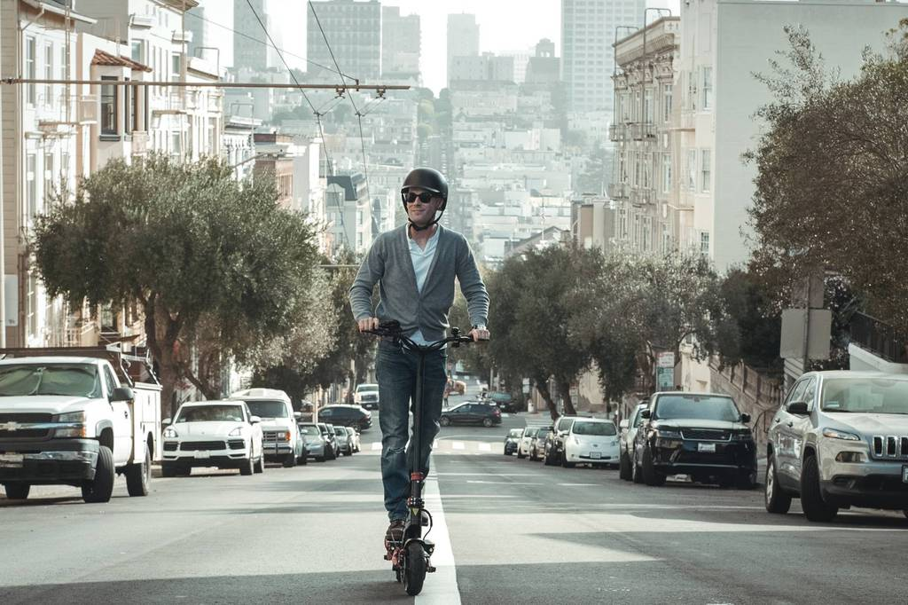 varla-electric-scooter-city-commuter