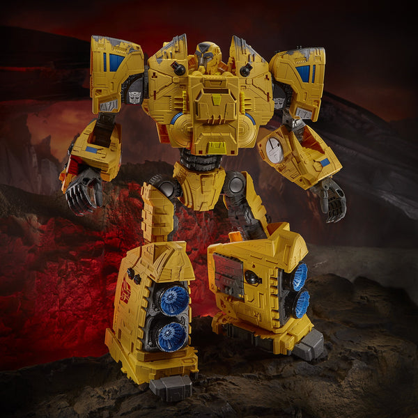 PRE-ORDER Transformers Generations War for Cybertron: Kingdom Titan WFC-K30 Autobot Ark Figure