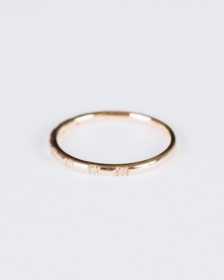 Stardust Ring Yellow Gold