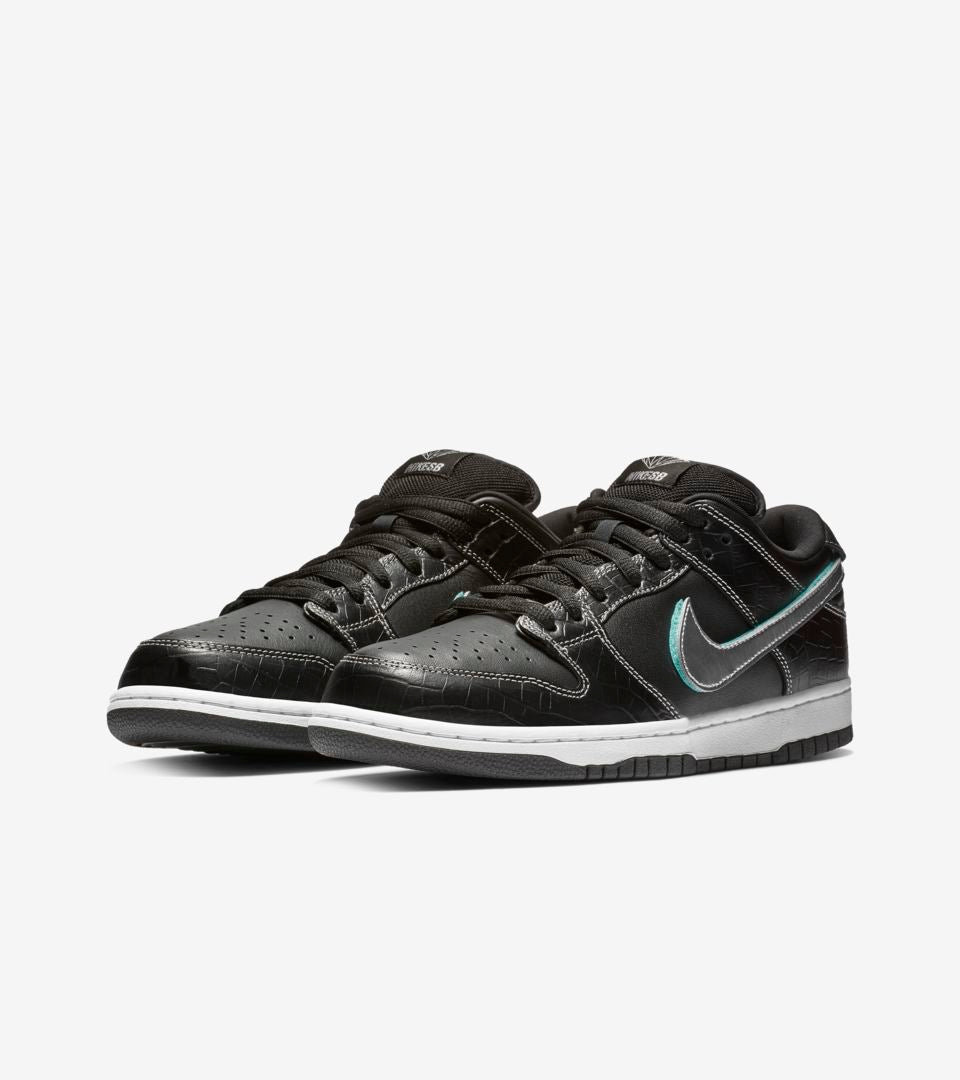 NIKE SB DUNK LOW PRO OG QS DIAMOND BLACK / CHROME