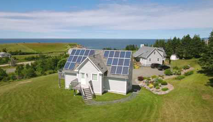 LISTEN HOW it is now even easier to generate solar energy in private households.