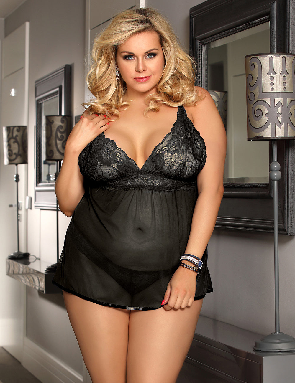 Plus Size Black Elegant Backless Fly-away Babydoll