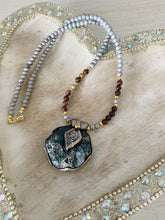 Load image into Gallery viewer, Beauty in all you Behold Necklace