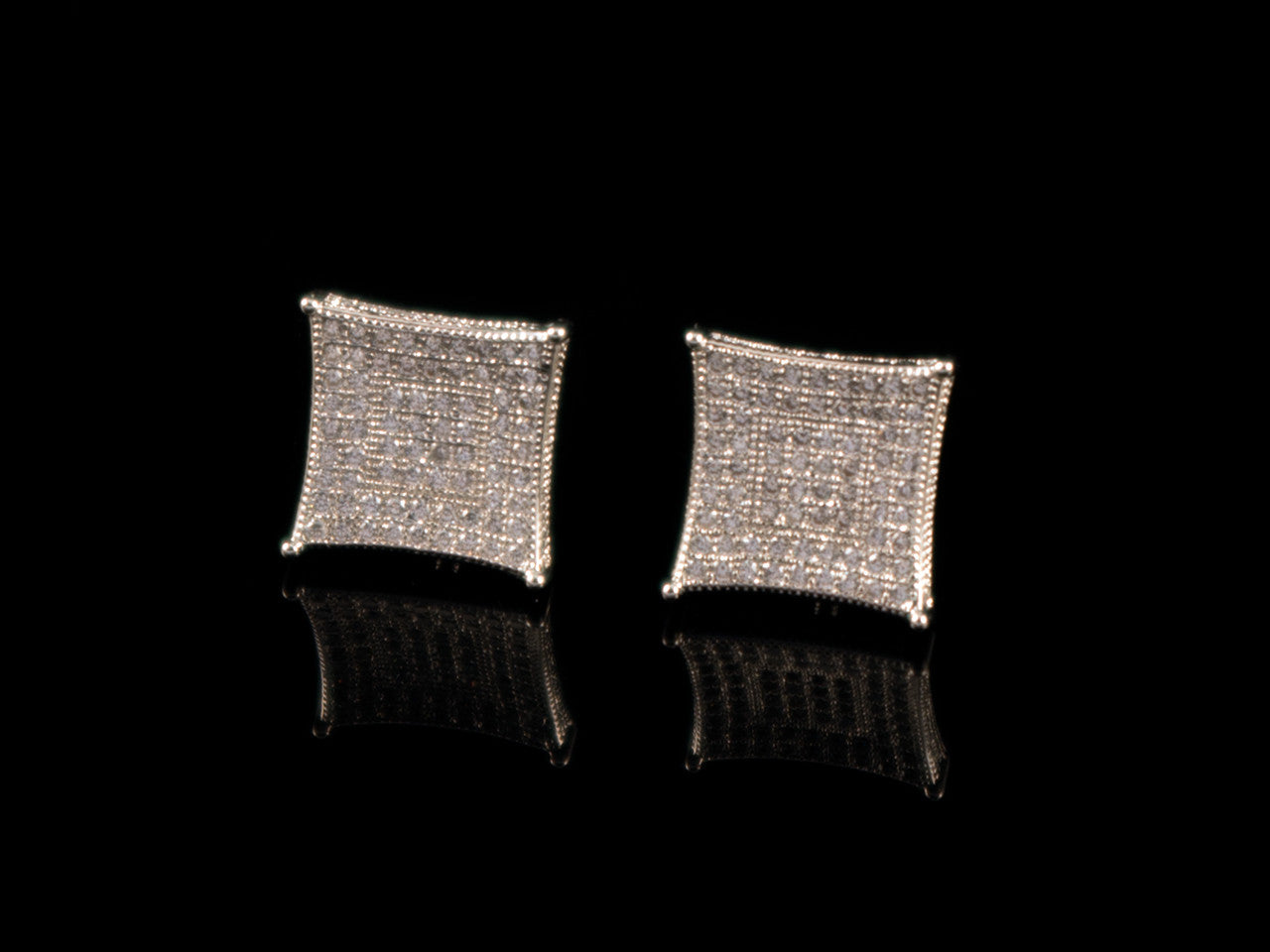 18K White Gold Paved Curved Square Earrings