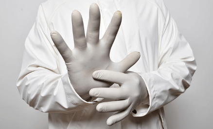 Disposable Nitrile Gloves with Superior Tactile Sensitivity