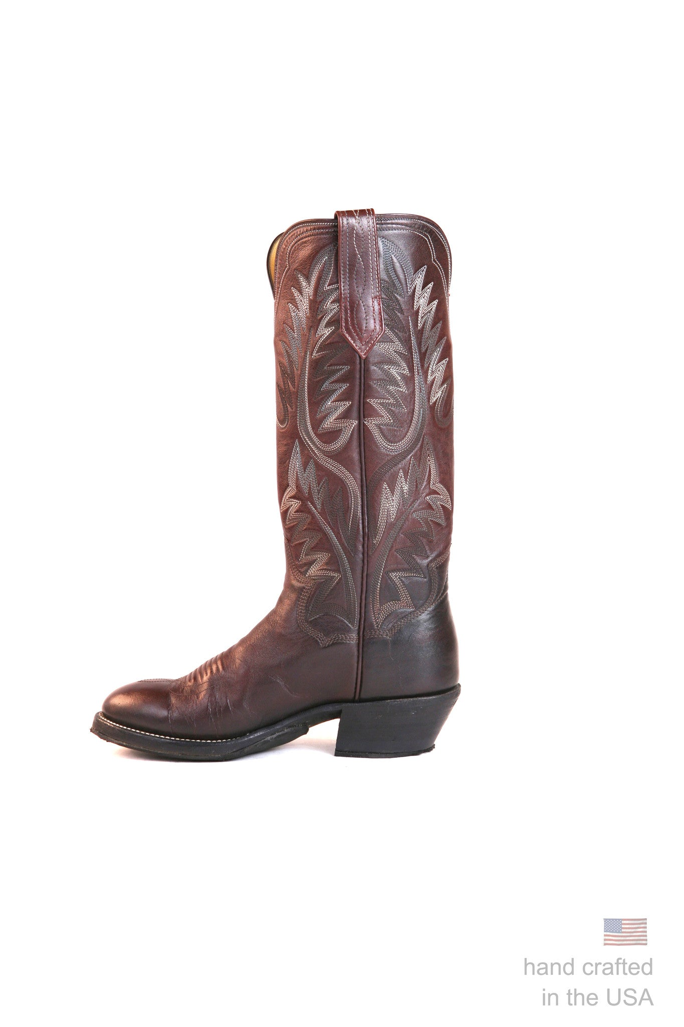 Singles: Boot 0033: Size 7B