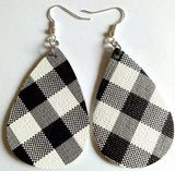 Wholesale. Earrings. { Plaid } Red and black it white and black. 12, 24, 36, 48, 60 - Stacy's Pink Martini Boutique