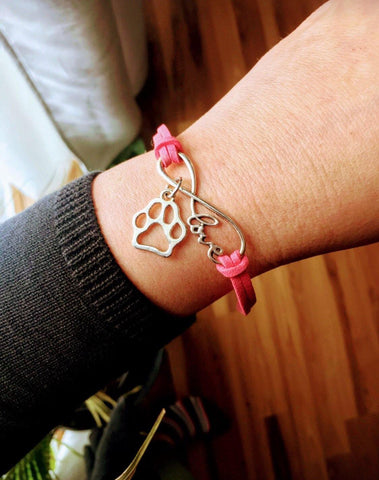 Bracelet { Paw } Adjustable with extender. Assorted colors. - Stacy's Pink Martini Boutique