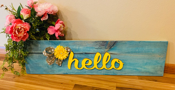 Wood sign { Hello } - Stacy's Pink Martini Boutique
