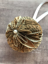 Load image into Gallery viewer, Anne of Green Gables Book Page Paper Christmas Ornament
