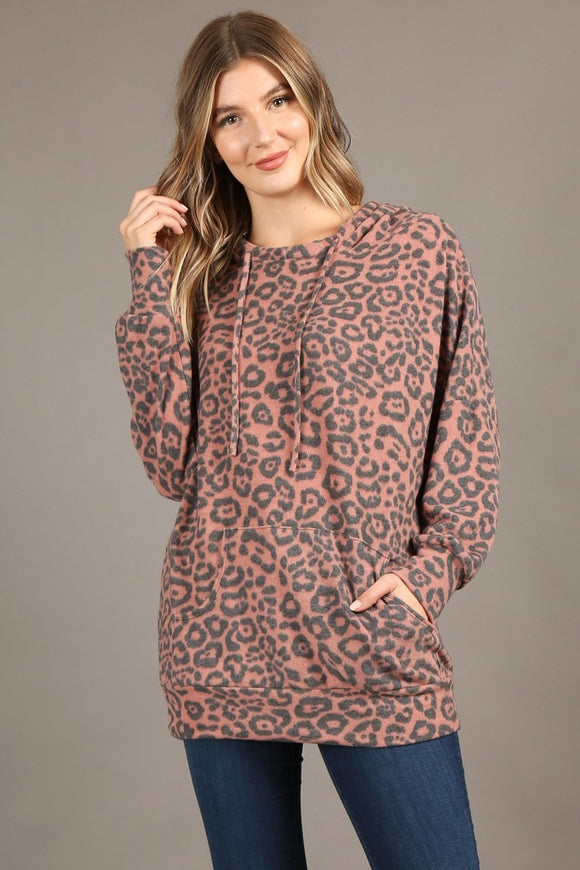1221 Leopard hoodie, loose fit, long sleeves, kangaroo pocket.