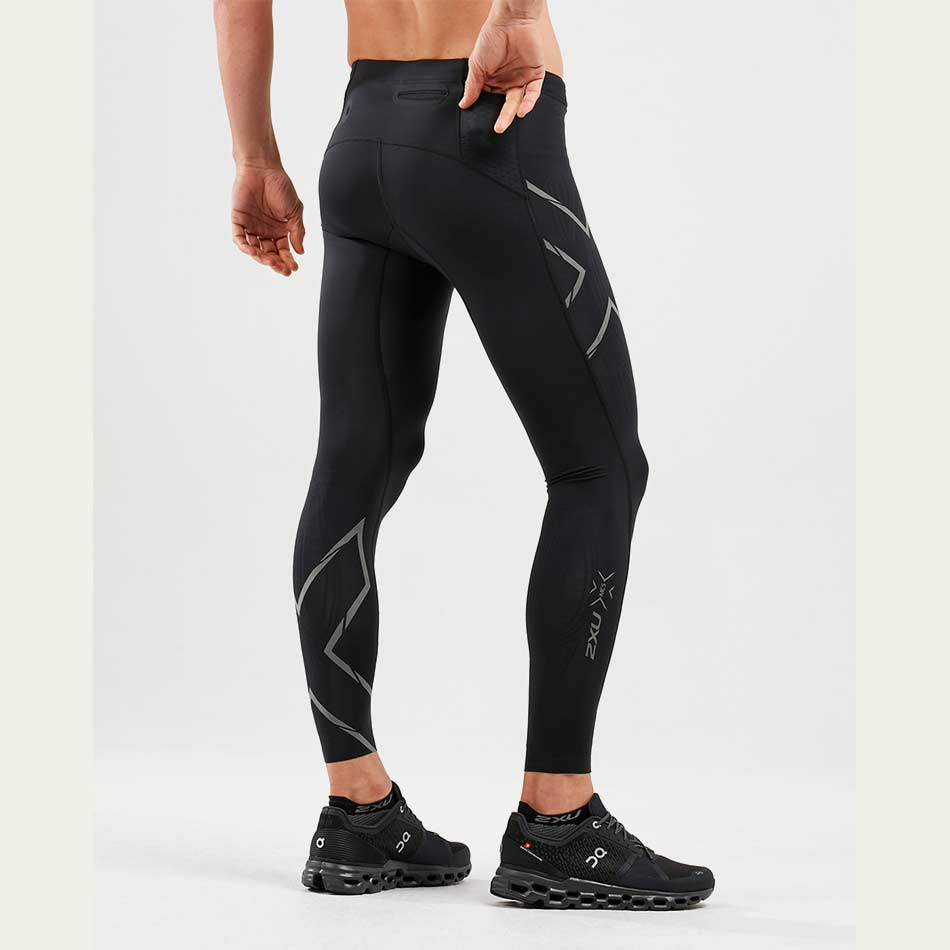 2XU Men's Light Speed Compression Tight Black SS21