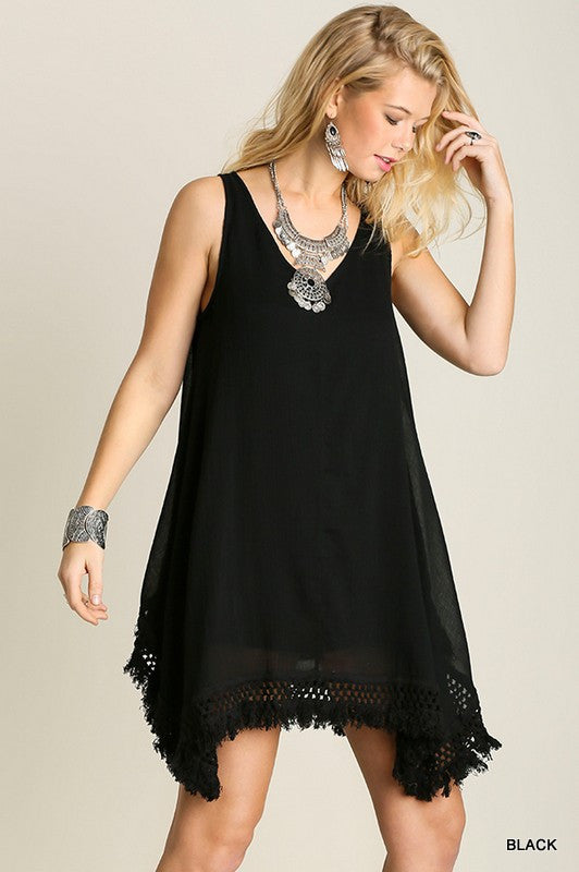umgee Well-lined sleeveless A-line dress with fringe detail and asymmetric hemline