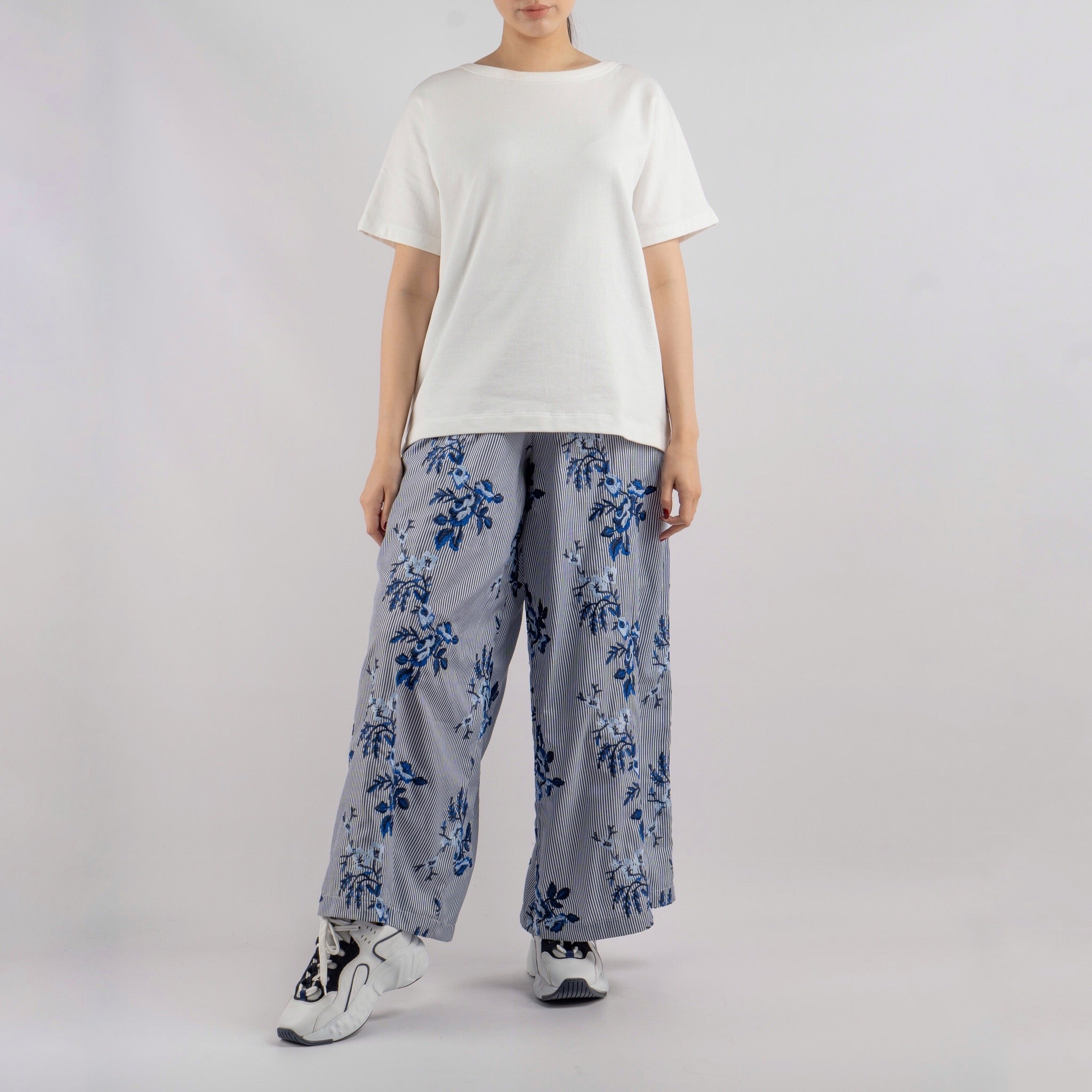 Wide-Leg Flowing Printed Pants